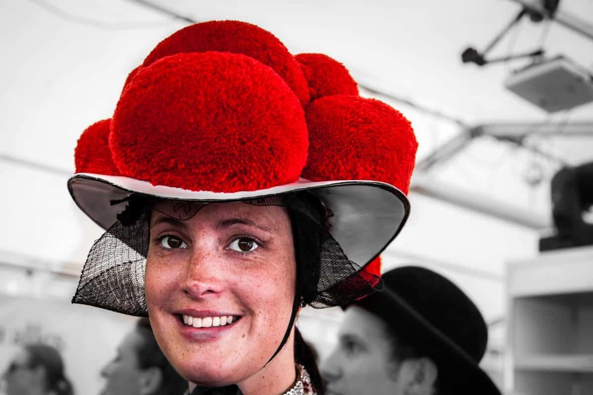 Black forest hat bollenhut