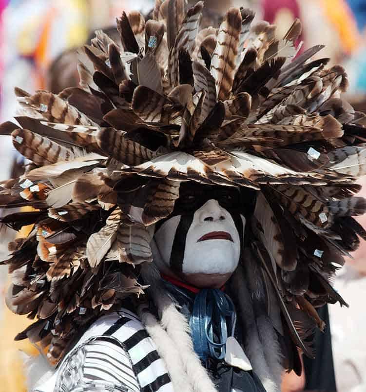 Native_American_PowWow_hairdress