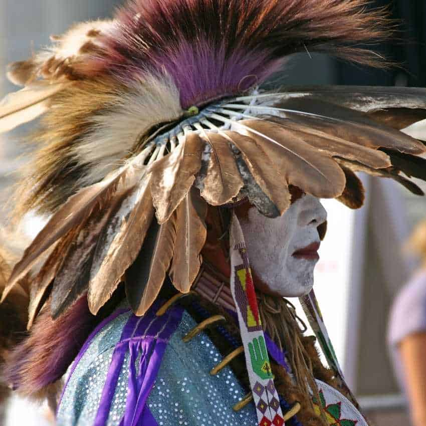 Feather meaning Native American culture